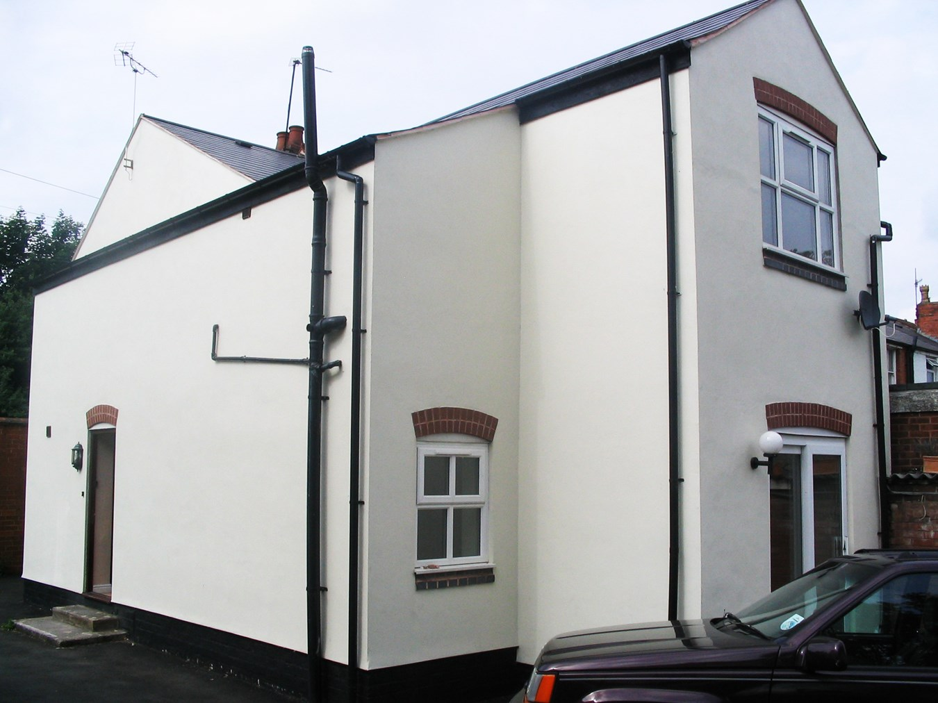 2 bedroom property to let in Station Road, Northfield