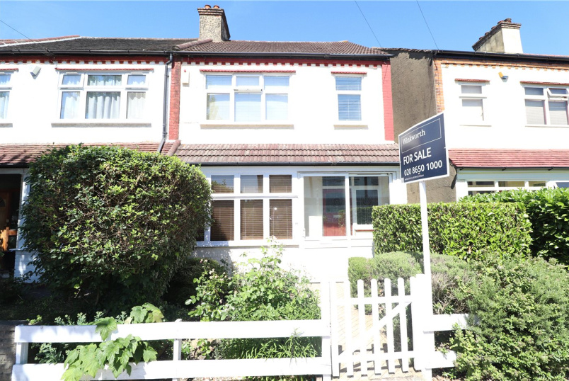House for sale in Beckenham - Hampden Avenue, Beckenham, Kent, BR3
