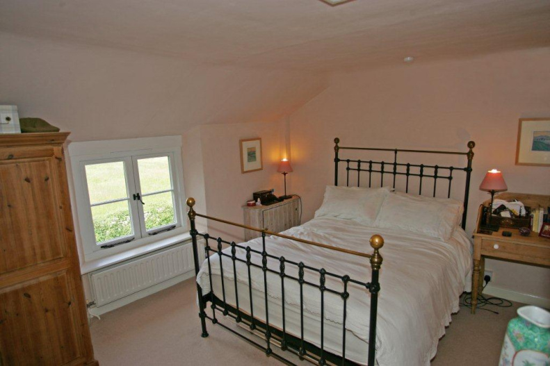 Winchfield House London Rent Room