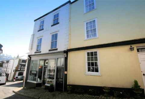 Flat 2, Smith Street, Dartmouth, TQ6