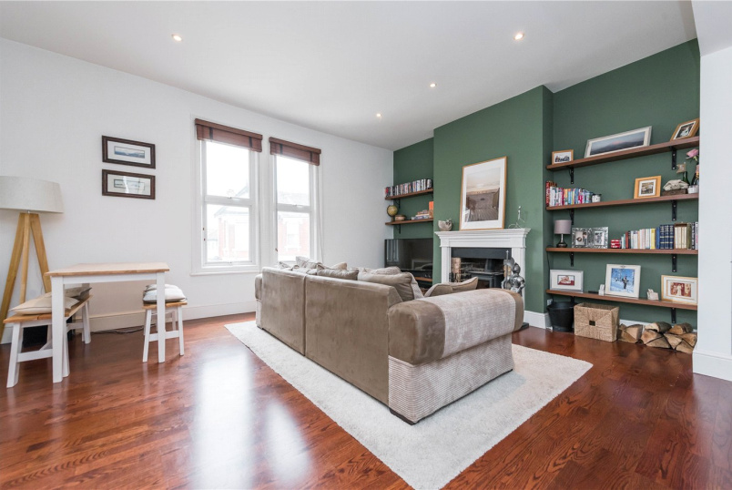 Flat/apartment to rent in Willesden Green - Riffel Road, London, NW2