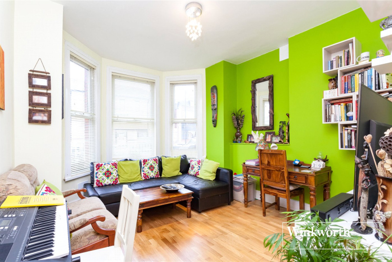 Flat/apartment for sale in Finchley - Ballards Lane, North Finchley, N12
