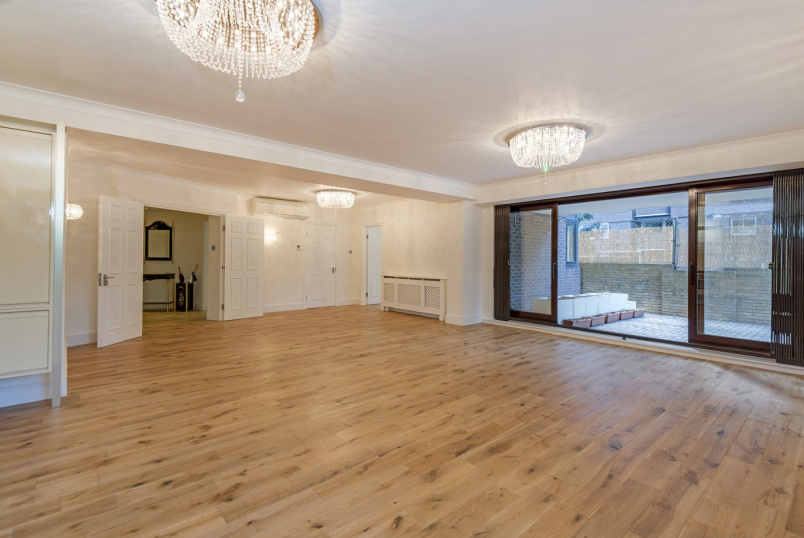Apartment for sale in St Johns Wood - PRINCE REGENT COURT, NW8 7RB