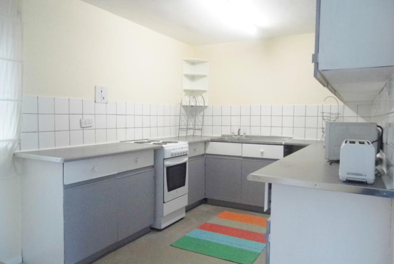Flat/apartment to rent in Finchley - Norman Court, Nether Street, Finchley, N3