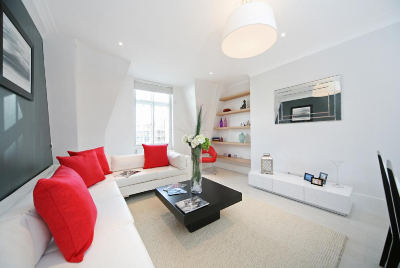 Flat/apartment to rent in Knightsbridge & Chelsea - Sloane Court East, Sloane Square, SW3