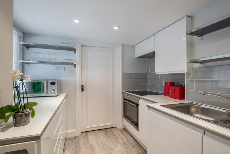 Flat to rent in Pimlico and Westminster - CHARLWOOD PLACE, SW1V