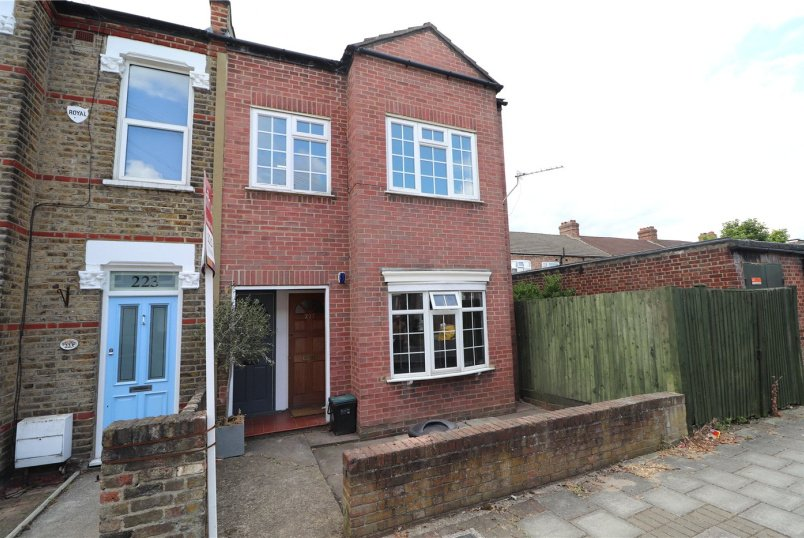 Maisonette for sale in Beckenham - Blandford Road, Beckenham, BR3