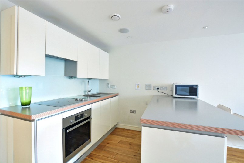 Flat/apartment to rent in Blackheath - Seren Park Gardens, London, SE3