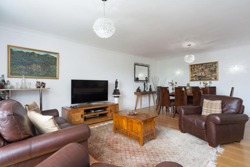 Apartment for sale in St Johns Wood - SHERINGHAM, NW8 6QY