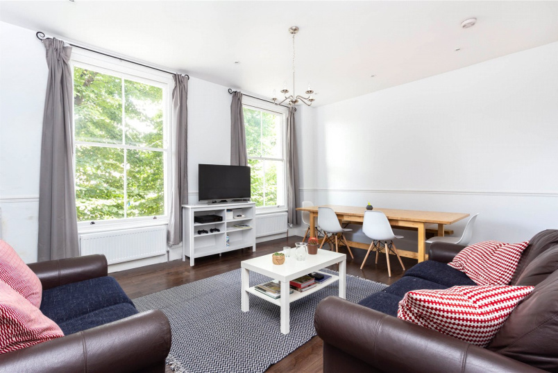 House to rent in Islington - Almorah Road, Islington, N1