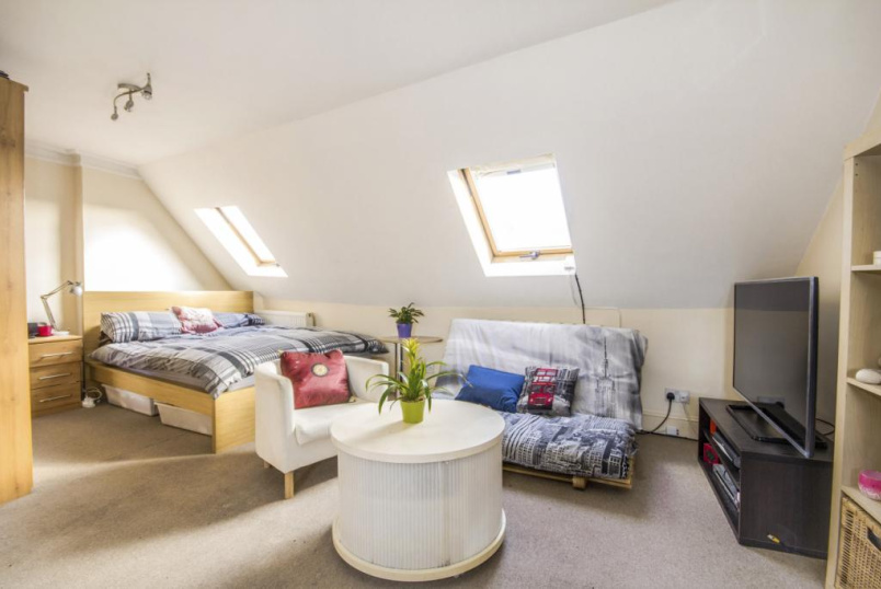 Flat/apartment for sale in West Norwood - Knights Hill, London, SE27