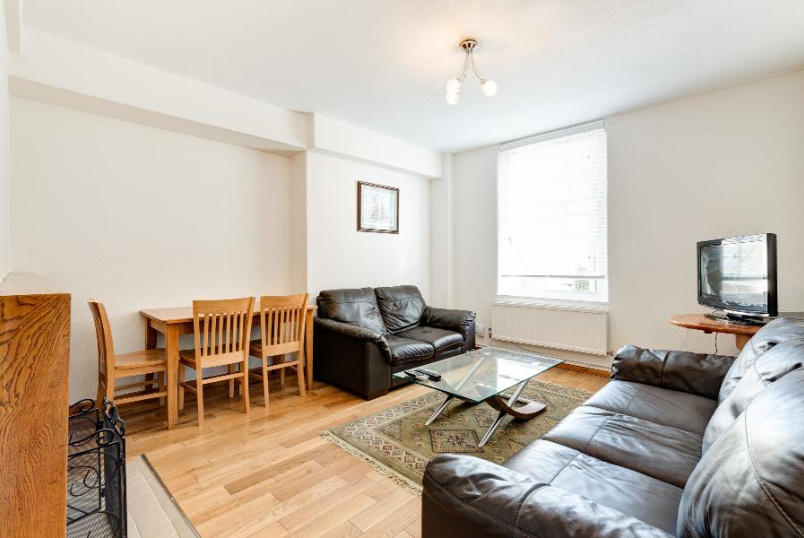 Flat to rent in Kennington - WEBBER ROW, SE1