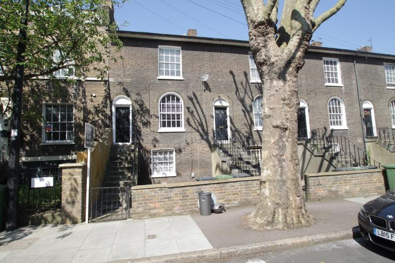 Maisonette to rent in New Cross - Kender Street, London, SE14