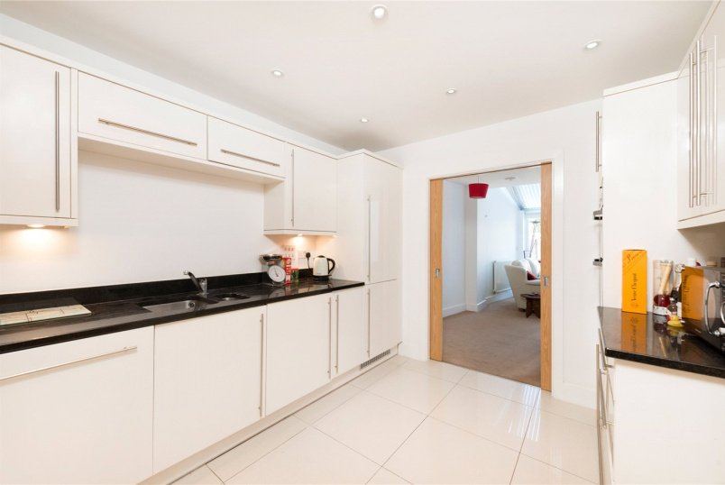 House to rent in Tooting - Hepdon Mews, London, SW17