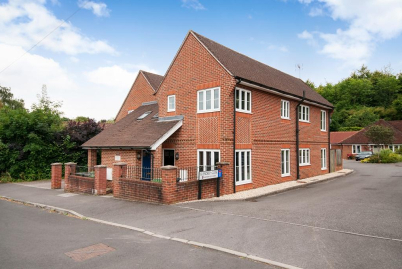 Flat/apartment for sale in Winchester - Bentley Close, Kings Worthy, SO23