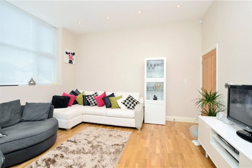Flat/apartment for sale in Cheam - Avenue Road, Cheam, Sutton, SM2