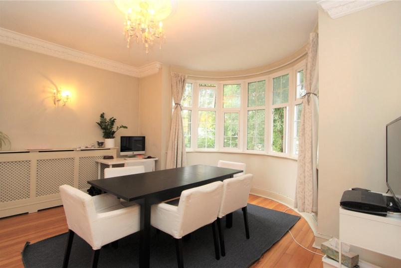 Flat/apartment to rent in Ealing & Acton - North Common Road, Ealing, W5