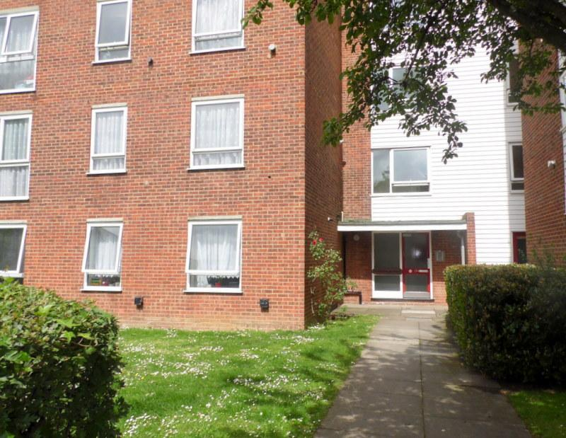 2 Bedroom Property To Rent In Laburnham Court Robin Hood