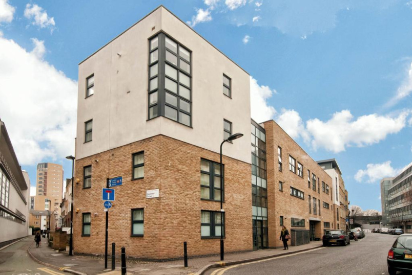 Flat/apartment to rent in Hackney - Spectrum Building, Reading Lane, Hackney, E8