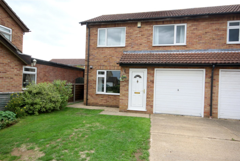 House for sale in Sleaford - Southfields, Sleaford, Lincolnshire, NG34
