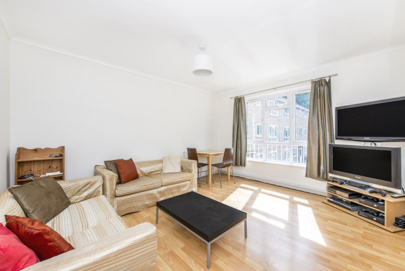 Flat/apartment to rent in Streatham - Primrose Court, Hydethorpe Road, London, SW12