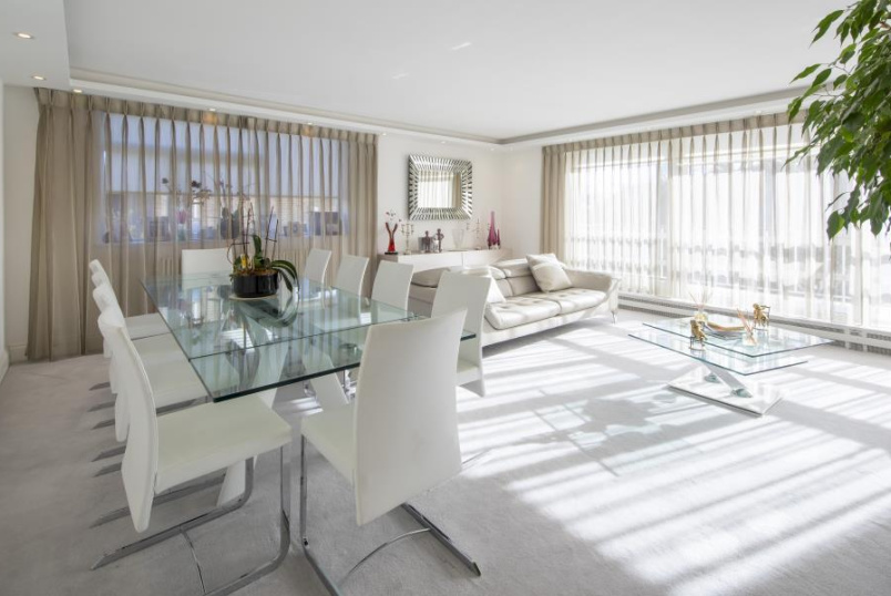 Unspecified for sale in St Johns Wood - WALSINGHAM, QUEENSMEAD, NW8 6RJ