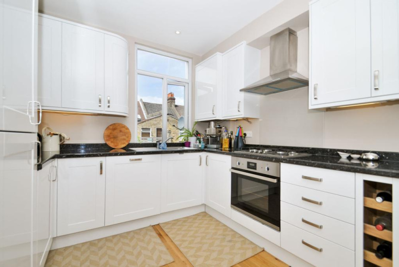 Flat/apartment to rent in Kensal Rise & Queen's Park - Hiley Road, London, NW10