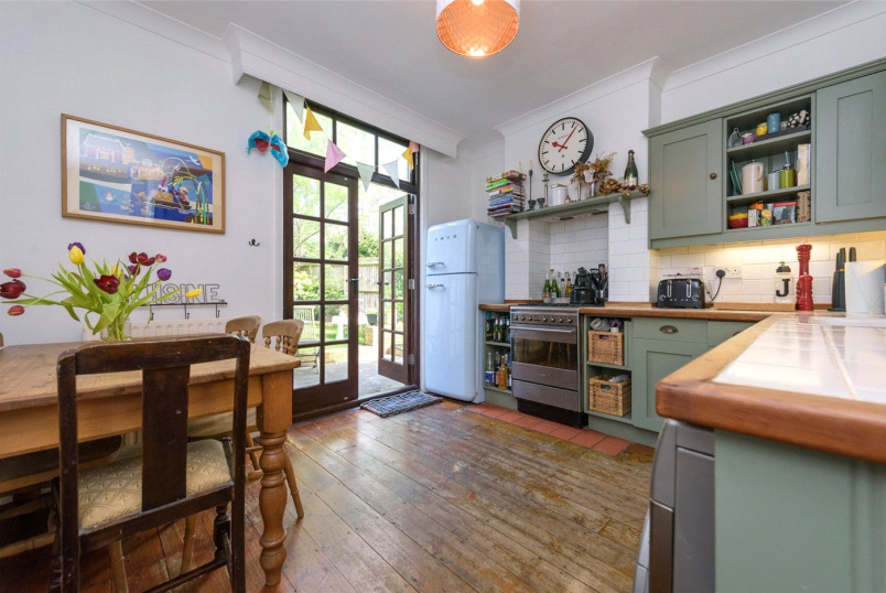 Flat/apartment for sale in Willesden Green - Ancona Road, London, NW10