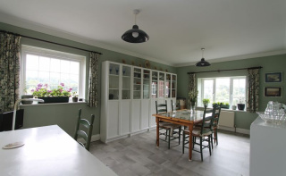 Godalming - 3 Bedrooms And 1332 Sq.Ft Of Accommodation!