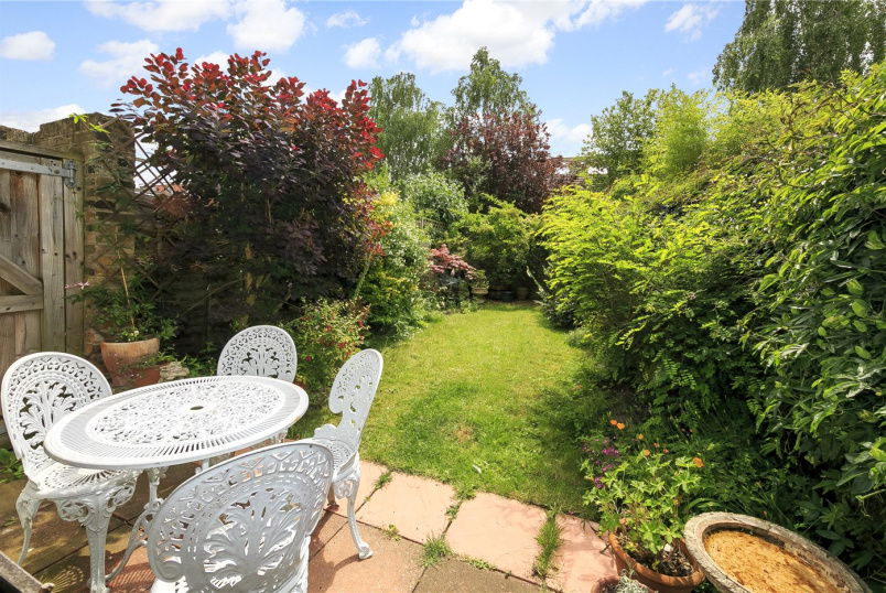 House for sale in Richmond - Windsor Road, Kew, TW9