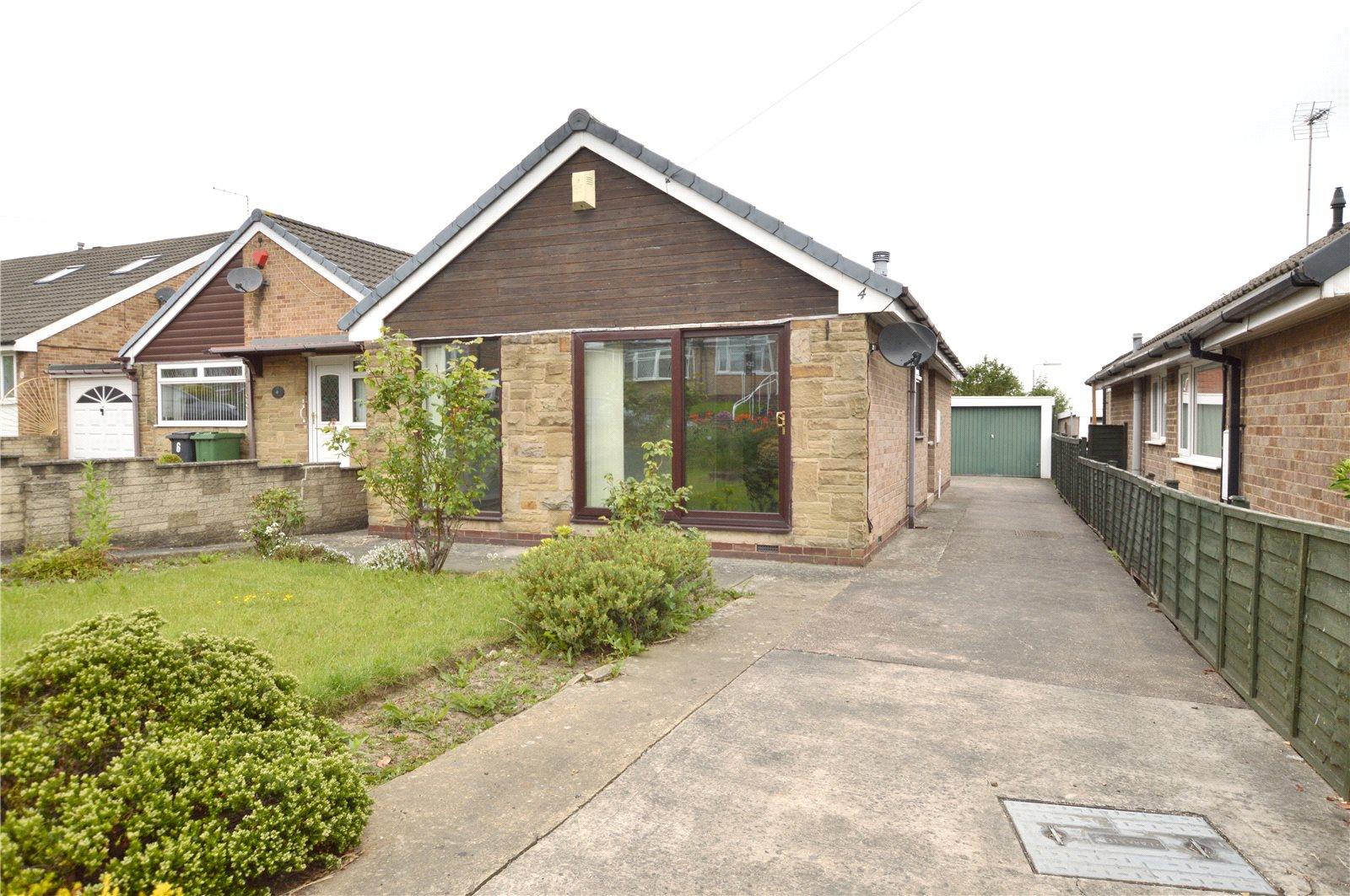 Property for sale in Pudsey, exterior detached bungalow