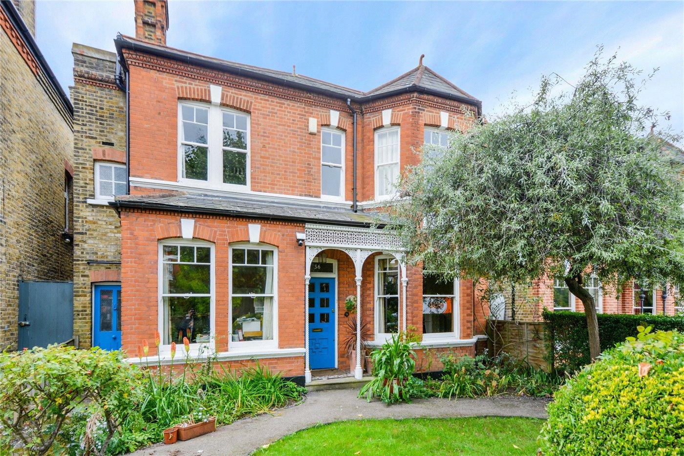 Chestnut Road West Norwood London Se27 4 Bedroom House