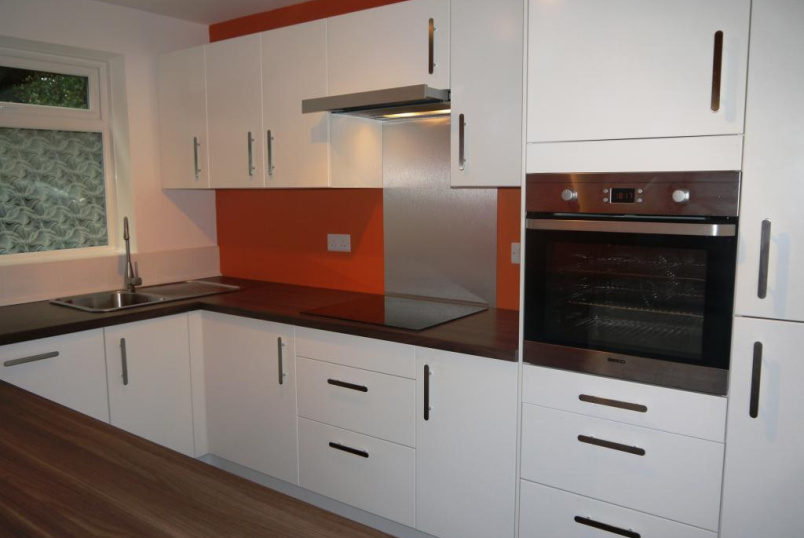 Flat/apartment to rent in Crystal Palace - South Norwood Hill, South Norwood, SE25