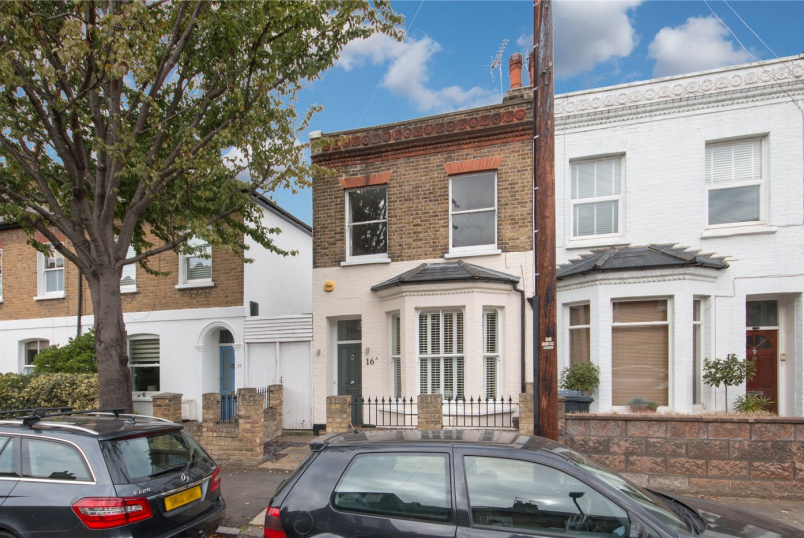 Flat/apartment for sale in Chiswick - Montgomery Road, London, W4