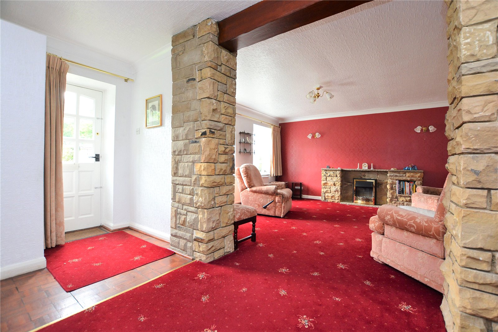 Property for sale in Leeds, Interior hallway and reception room