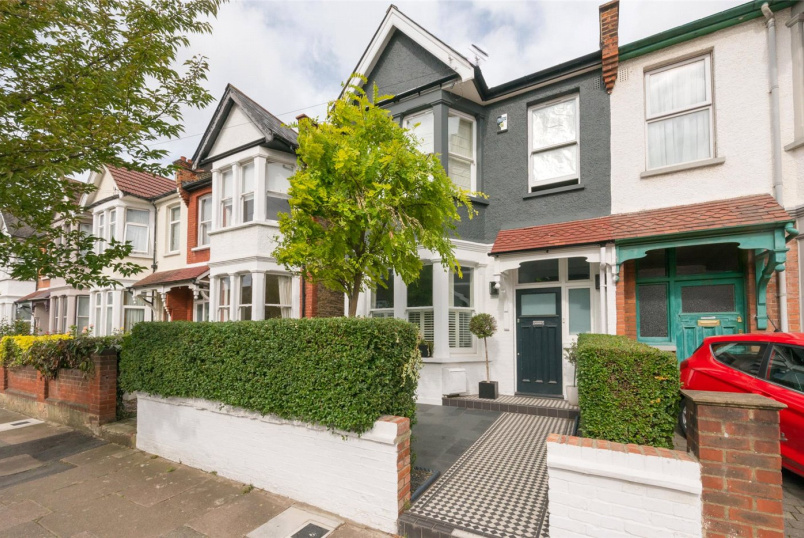 Flat/apartment for sale in Kensal Rise & Queen's Park - Buckingham Road, London, NW10