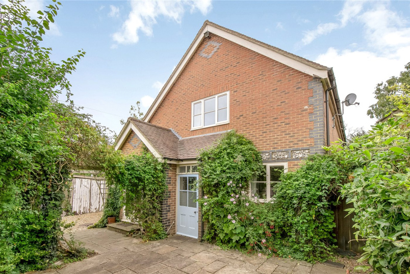 House for sale in Winchester - School Road, Twyford, Winchester, SO21