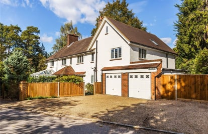 Hook Heath, Woking, Surrey, GU22