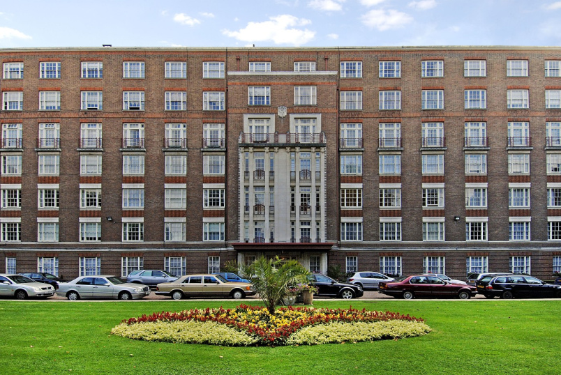 Apartment to rent in St Johns Wood - EYRE COURT, FINCHLEY ROAD, NW8 9TX