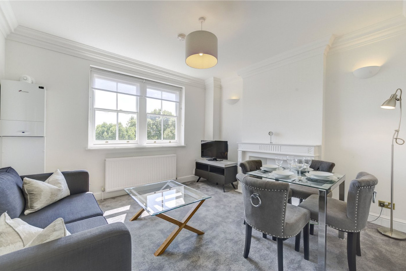 Flat/apartment to rent in Kensington - Lexham Gardens, Kensington, W8