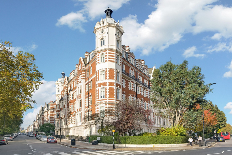 Flat to rent in St Johns Wood - NORTH GATE, PRINCE ALBERT ROAD, NW8 7RD
