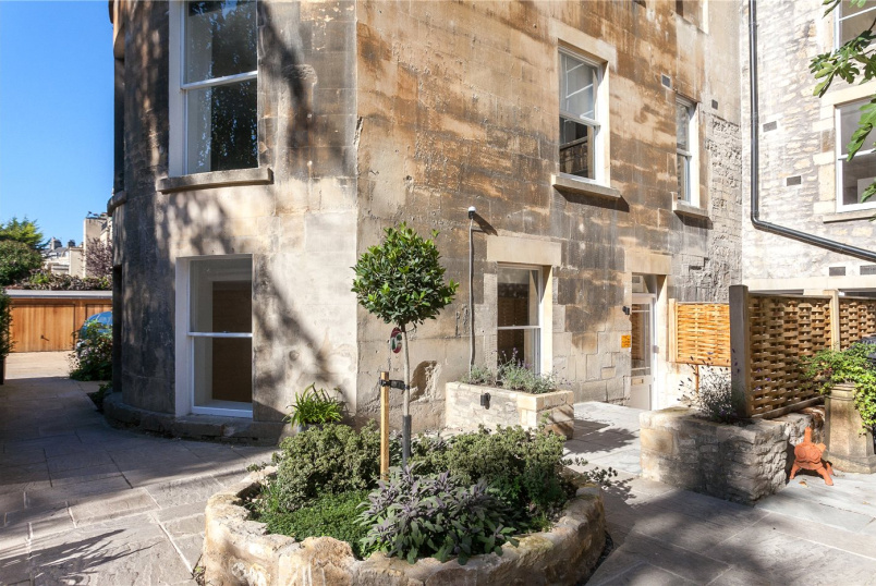 Flat/apartment for sale in Bath - Fitzroy House, 59 Great Pulteney Street, Bath, BA2
