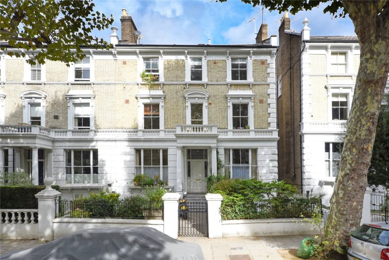 Flat/apartment for sale in North Kensington - Bassett Road, London, W10