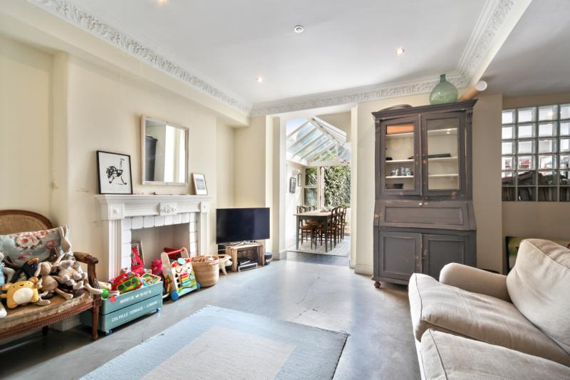 Flat/apartment to rent in Notting Hill - Colville Terrace, London, W11