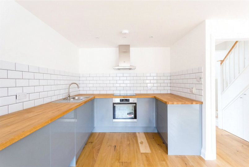 Flat/apartment to rent in Highbury - Crossley Street, Islington, N7
