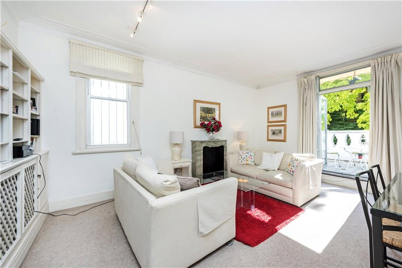 Flat/apartment for sale in South Kensington - Elm Park Road, London, SW3