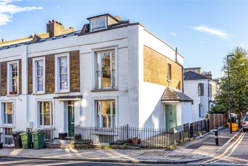 Maisonette for sale in Crystal Palace - Gipsy Hill, London, SE19