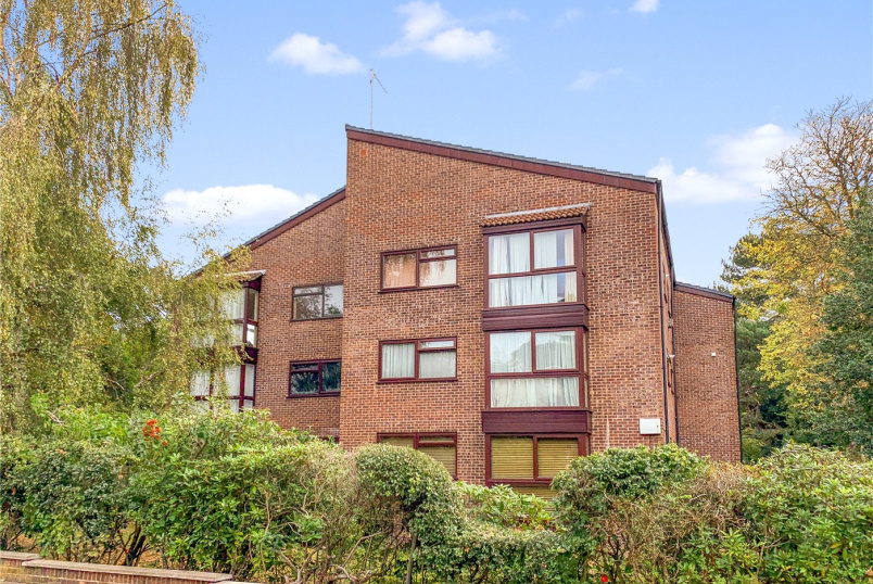 Flat/apartment for sale in Westbourne - Dean Park Road, Dean Park, Bournemouth, BH1