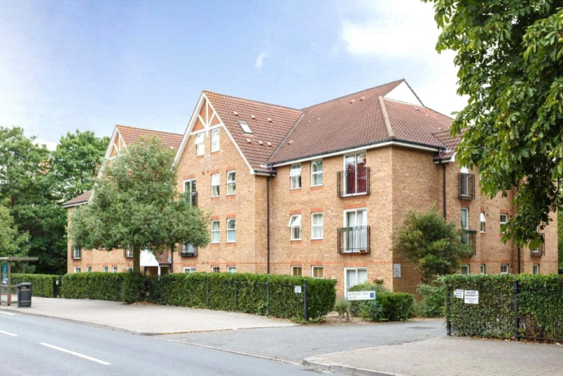 to rent in Southfields - Burghley Hall Close, Princes Way, SW19