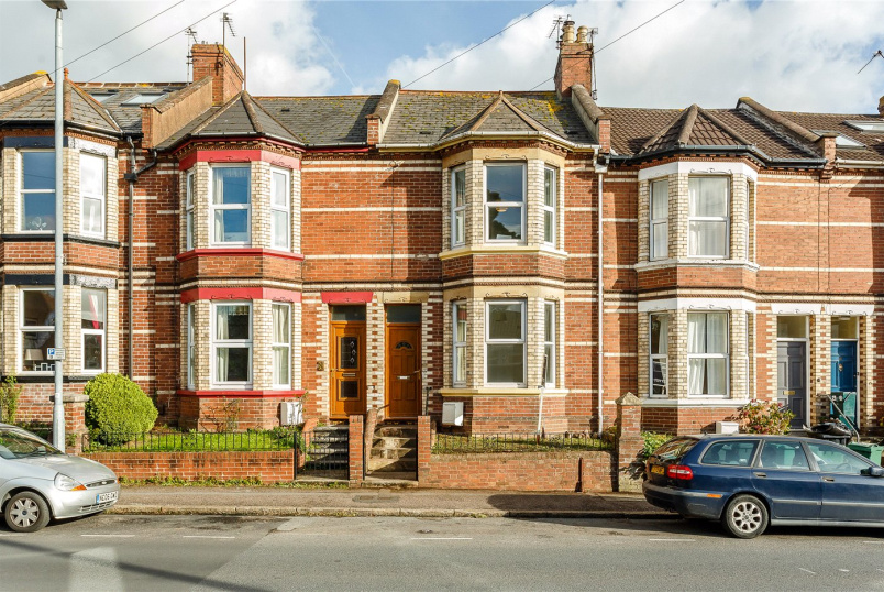 House to rent in Exeter - Barrack Road, Exeter, Devon, EX2